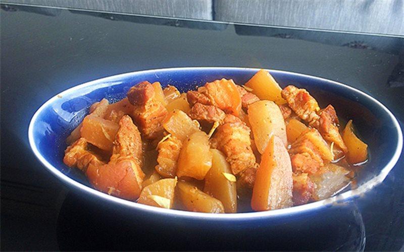 Cách Làm Thịt Heo Ba Chỉ Kho Củ Cải Trắng Đơn Giản
