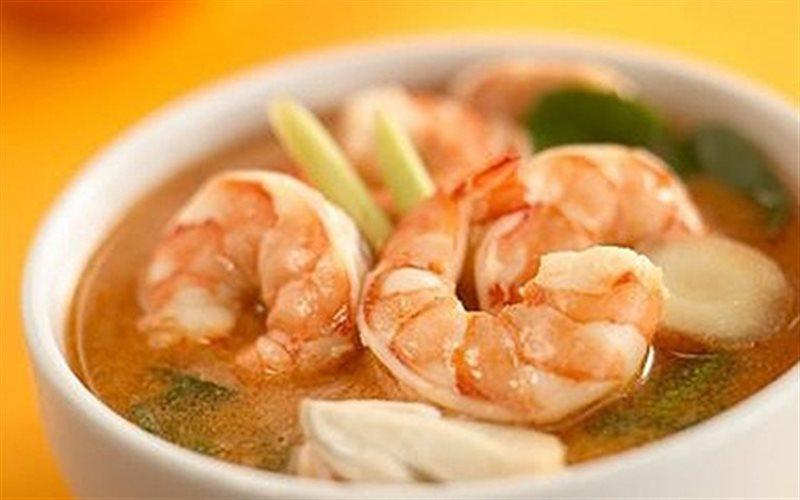 Cách nấu Canh Chua Tôm Kiểu Thái chua cay, hấp dẫn