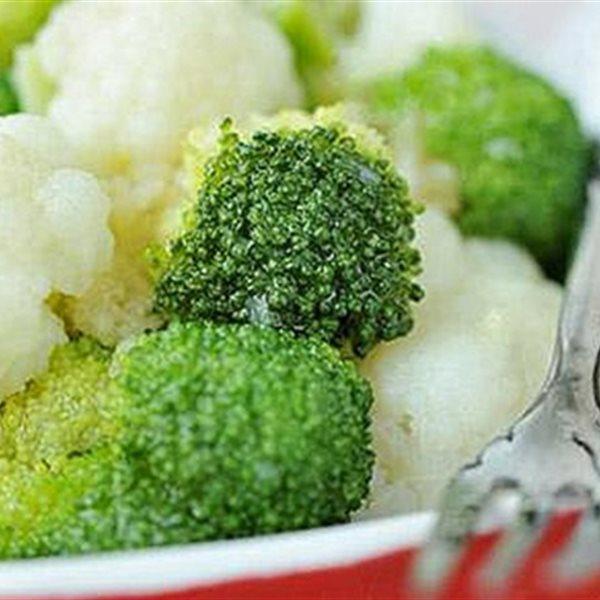 15 món salad đơn giản giảm mỡ sau Tết