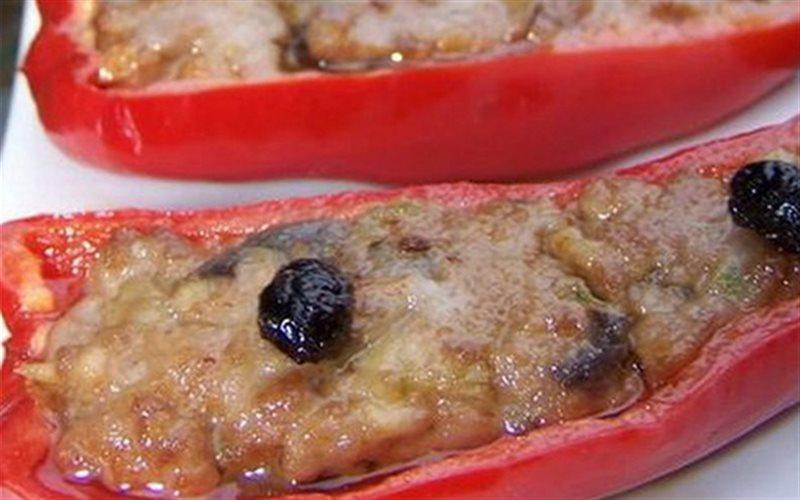 Cách làm Thịt Nhồi Ớt Tiêu đơn giản để nhâm nhi cực ngon