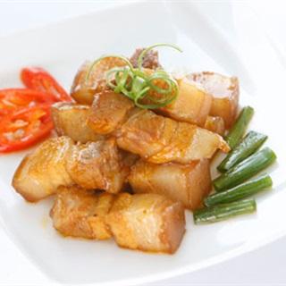 Cách làm Thịt Ba Rọi Kho Tiêu thơm ngon đậm đà tại nhà