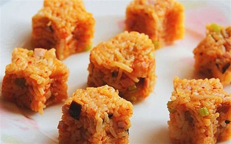 Cách làm cơm Rang Kim Chi thơm ngon chuẩn vị Hàn Quốc