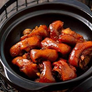 Cách làm Chân Giò Om bổ dưỡng cho bữa ăn gia đình