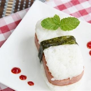 Cách Làm Cơm Kẹp Thịt Hộp Đơn Giản, Cho Bữa Sáng