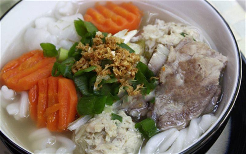 Cách Làm Nui Nấu Thịt Viên Cực Ngon Để Thay Cơm