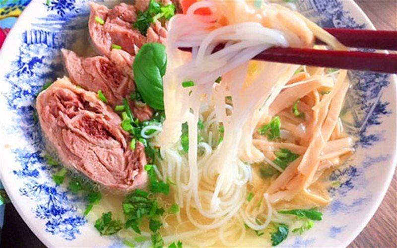 Cách Làm Bún Thịt Ngan Thơm Ngon Cho Bữa Sáng