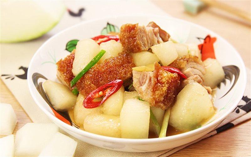 Cách Làm Thịt Heo Quay Om Bí Đao Đậm Đà Đưa Cơm
