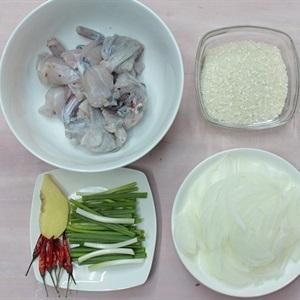 Cách nấu cháo ếch Singapore - ảnh 1.