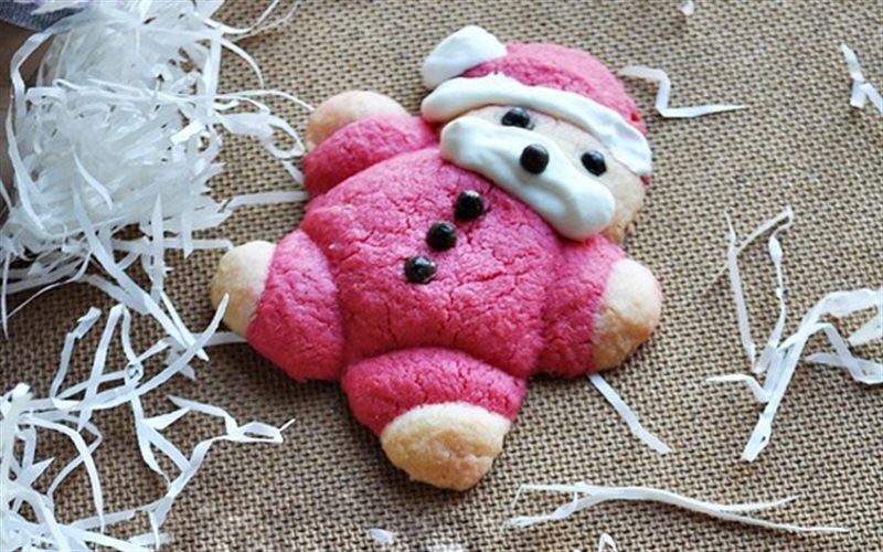 Cách Làm Bánh Quy Hình Ông Già Noel Hấp Dẫn Bé Yêu