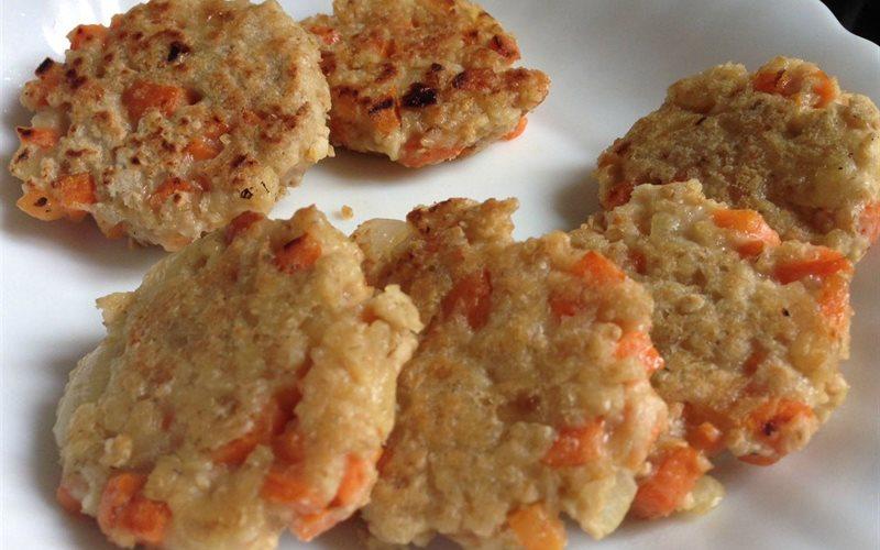Cách làm Chả Yến Mạch Cà Rốt bổ dưỡng lạ miệng ngay tại nhà