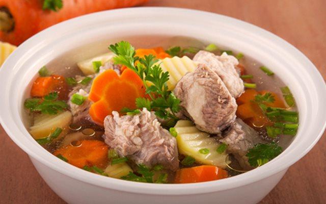 Cách nấu Canh Sườn Hầm Khoai Tây cà rốt bổ dưỡng cho bé   Cooky.vn