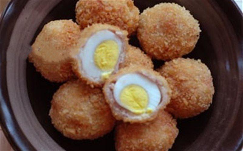 Cách làm Thịt Bọc Trứng Cút Chiên Xù giòn béo hấp dẫn