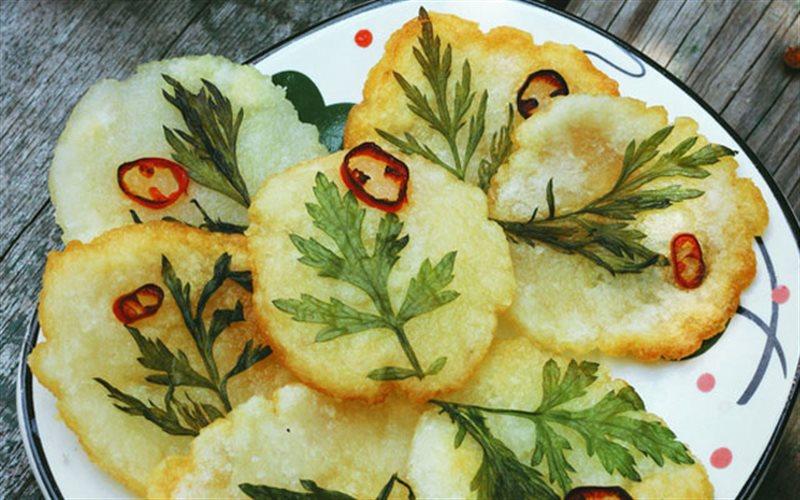 Cách Làm Bánh Khoai Tây Chiên Hình Hoa Lá Đơn Giản