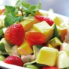 Salad trái cây trộn si rô bạc hà vỏ chanh
