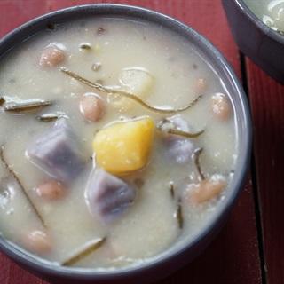 Cách Nấu Chè Bà Ba Nam Bộ Ngọt Lịm Và Thơm Ngon