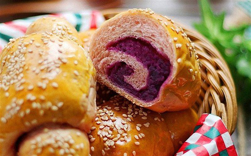 Cách Làm Bánh Mì Xoắn Ốc Tím Lịm Ngon Lại Đẹp Mắt