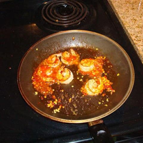 Tôm chiên tỏi ớt chua cay