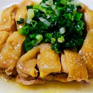 Cách Làm Thịt Gà Hấp Mỡ Hành Thơm Ngon Đơn Giản