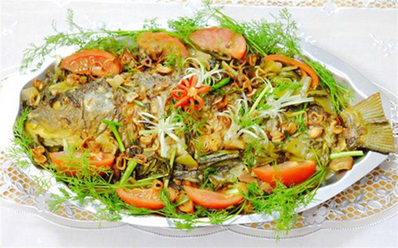 Cách nấu Cá Chép Om Dưa cho bà bầu ăn chống ốm nghén