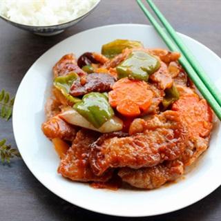 Cách Làm Thịt Heo Xào Chua Ngọt Giòn Thơm Đậm Vị
