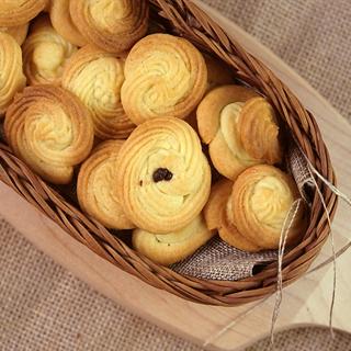 Cách Làm Bánh Quy Bơ Mềm Giòn Tan Cho Bé Ăn Vặt
