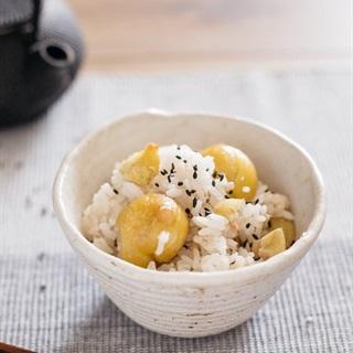 Cách nấu cơm hạt dẻ