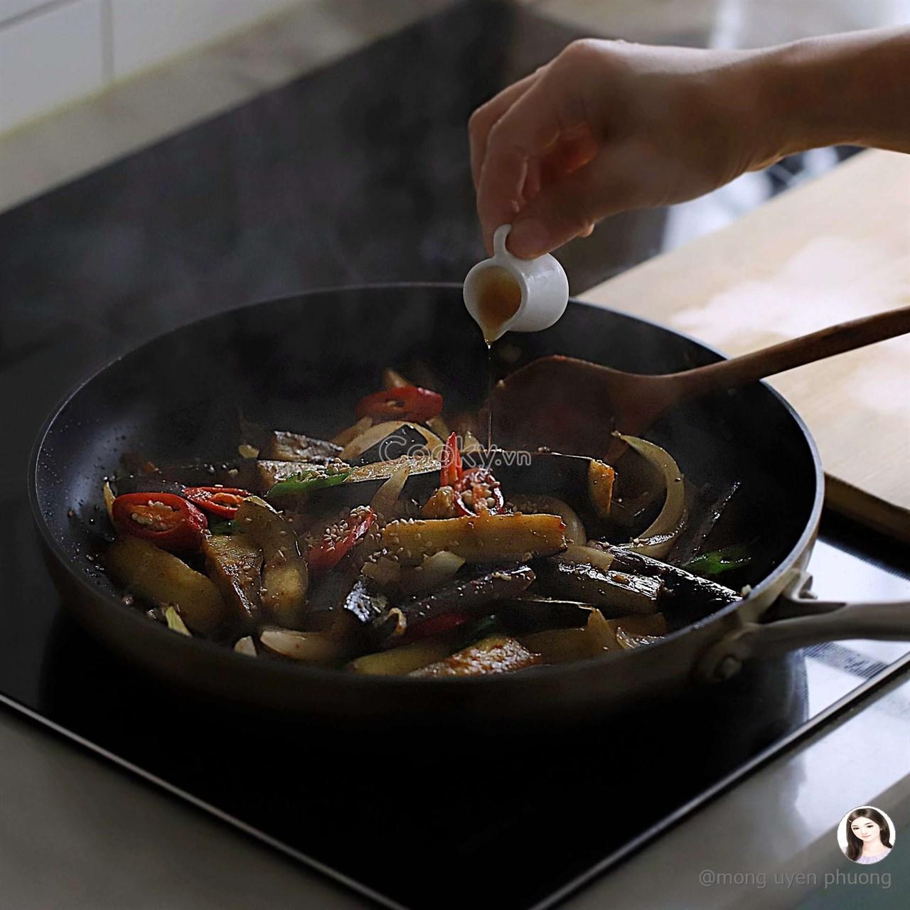 cách làm cà tím xào