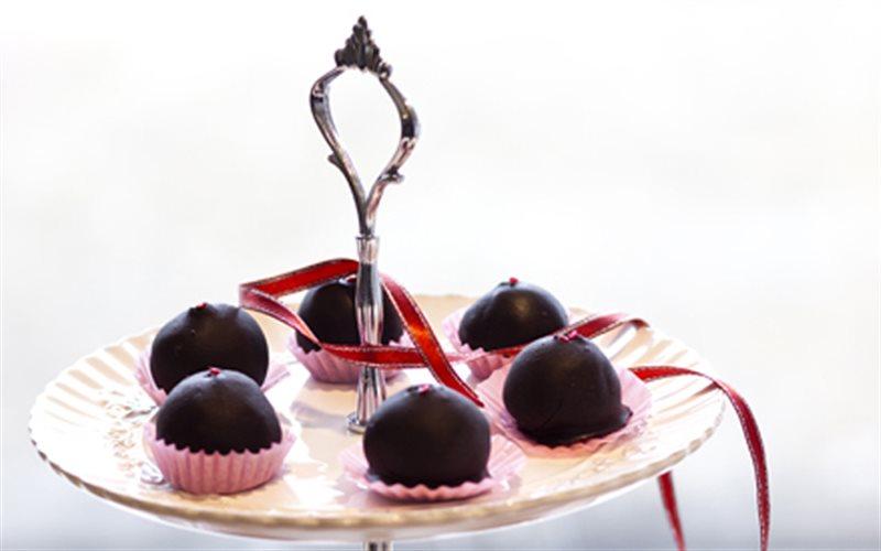 Cách Làm Cherry Bọc Chocolate Thơm Ngon Hấp Dẫn