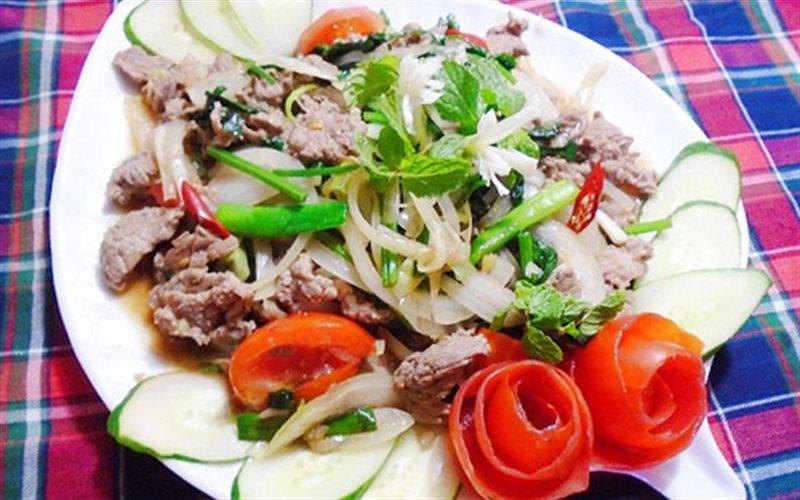 Cách Làm Thịt Bò Xào Cần Tỏi Thơm Ngon Đơn Giản