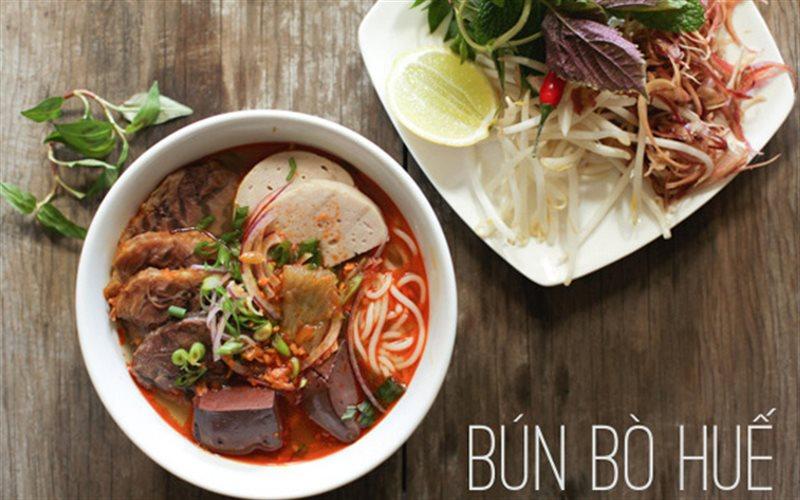 Cách nấu Bún Bò Huế đậm đà ngon đúng chuẩn hương vị