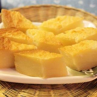 Cách làm Bánh Khoai Mì Nướng với nước cốt dừa béo ngậy