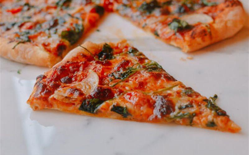 Cách làm Pizza rau củ