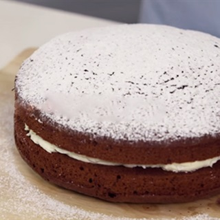 Cách làm bánh kem chocolate đơn giản