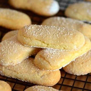 Cách Làm Bánh Quy Lady Fingers Giòn Tan Cực Ngon