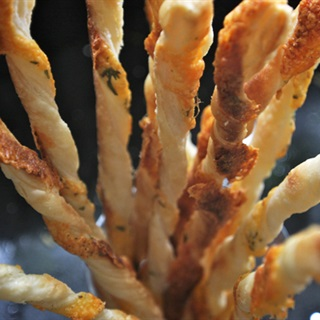 Cách làm Bánh Mì Que Phô Mai đơn giản, cho bữa sáng