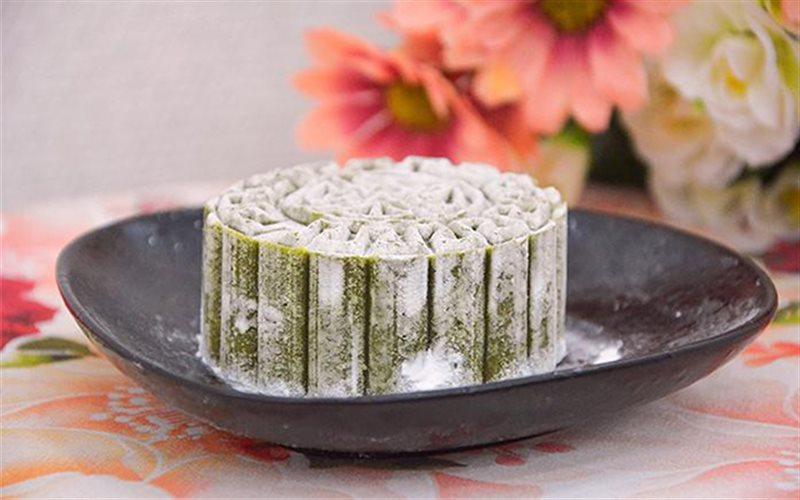 Cách làm Bánh Dẻo Trà Xanh với nhân đậu xanh ngọt bùi
