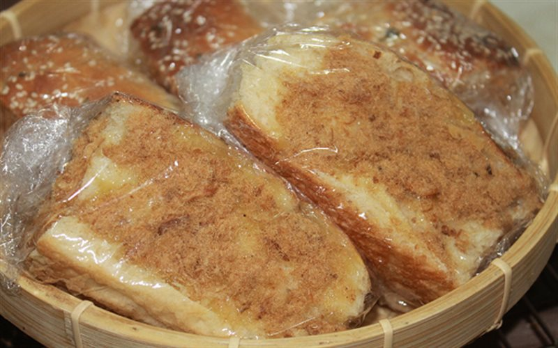 Cách làm Bánh Mì Chà Bông mềm xốp, thơm hương bơ trứng