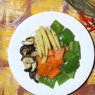 Cách làm rau củ xào chay ngày Tết