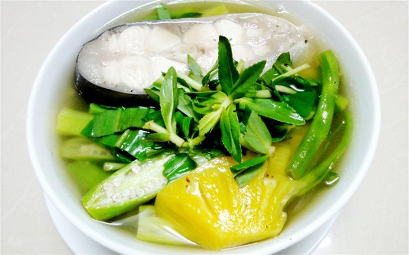 Cách nấu Canh Chua Cá Hú với rau muống ngon chuẩn vị Nam Bộ