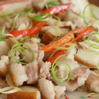 Cách làm Thịt Heo Rừng Xào Sả Ớt đậm đà, cực hấp dẫn