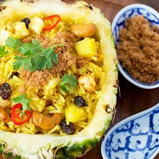 Cách làm cơm rang thơm kiểu Thái
