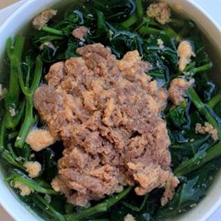 Cách làm canh rau muống nấu riêu cua