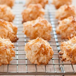 Cách làm Bánh Dừa Nướng thơm béo với lớp vỏ ngoài giòn rụm