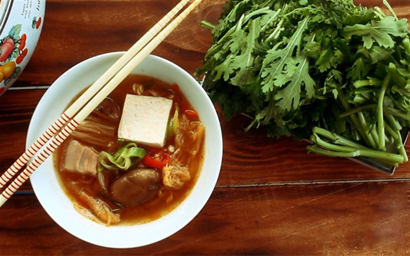 Cách Nấu Lẩu Kim Chi Ngon Chua Cay Ngon Đúng Điệu