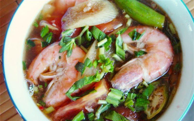 Cách làm Canh Chua Tôm thanh ngọt thơm ngon kiểu Nam Bộ