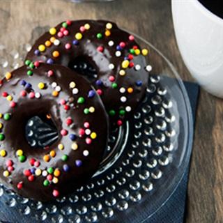 Cách Làm Bánh Donut Chocolate Ngon Ăn Cực Ghiền