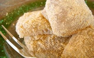 Bánh kinako warabimochi