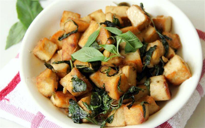 Cách Làm Đậu Hũ Chiên Húng Quế Cho Ngày Ăn Chay