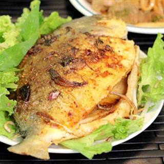 Cách Làm Cá Chim Sốt Dầu Hào Đậm Đà Cho Bữa Cơm