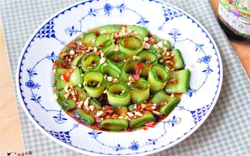 Cách Làm Salad Dưa Leo Đậu Phộng Ăn Kiêng Cực Ngon